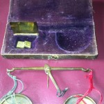 ANTIQUE SCALES APOTHECARY MEDICINE VELVET LINED BOX