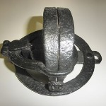 Unique Round Base Pole Trap Old Vintage Antique Hand Forged Collector Trap