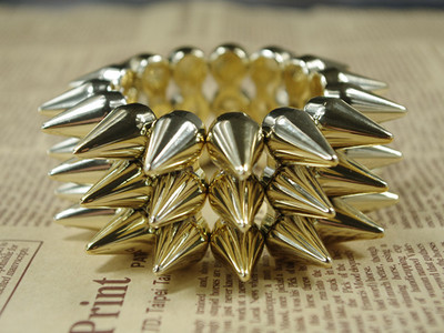 Hot Ladies Antique Cute Gothic Punk Studs Spike Rivet Bracelet Elasticity Gold