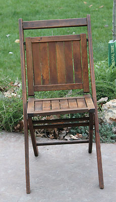 Simmons Patent Pending Wood Folding Chair