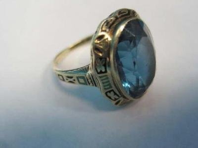 ANTIQUE 14kt yellow gold LADIES Cocktail Ring BEAUTIFUL Blue Stone size 6 1/2