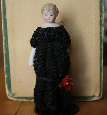4 1/2″  Simon&Halbig Dollhouse Doll Antique Bisque ShoulderheadGermany ca.1900