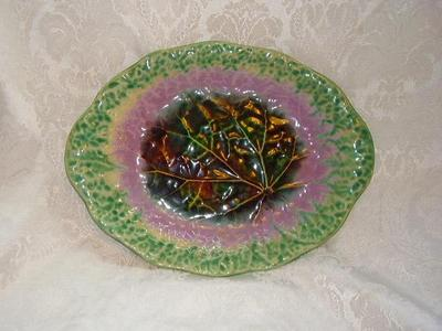 Old Antique MAJOLICA Art Pottery Veined LEAF Plate Dish Brown,Green,Lilac Glaze