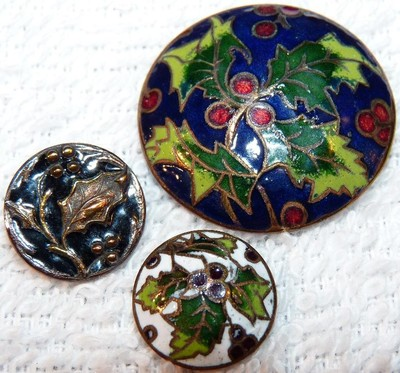 3 Antique Enamel Painted Picture Brass ButtonsHolly Leaf and Berry