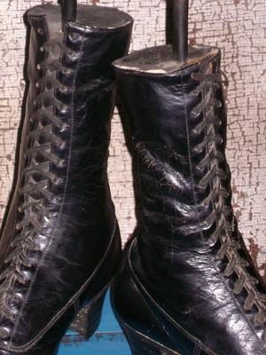 "Antique Primitive Prairie High Top Boot ""Memory"" …….. Folk Art Lamps"