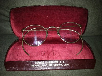 VIntage Antique 12k Gold Filled FulVue Wire Rim Eye Glasses w Case Mt. Vernon