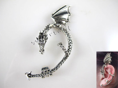 Vintage Antique Silver FLYING DRAGON Fashion Bite Ear Gothic Stud Cuff Earrings