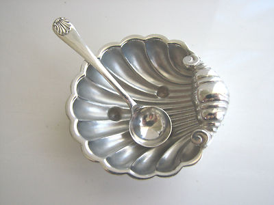 Antique Vintage English Silver Shell Open Salt Cellar Dipdish Bowl With Spoon Set 1