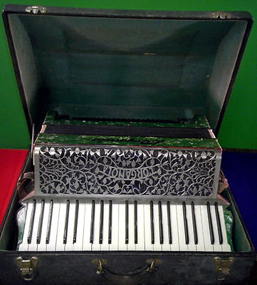 Antique Vintage M. Hohner L'Organola Accordion Beautiful Pre WWII