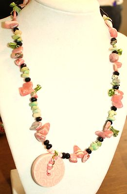 Vintage / Antique Necklace Length In Inches22 Pink Glass Stones Beads