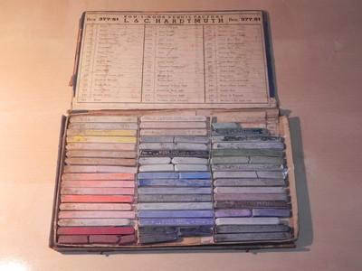 KohINoor Hardtmuth Oil Pastels Vintage Antique Art Drawing set box 51 colors