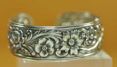 Rare Antique S Kirk & Sons Repousse Sterling Silver Cuff Bracelet WOW Roses