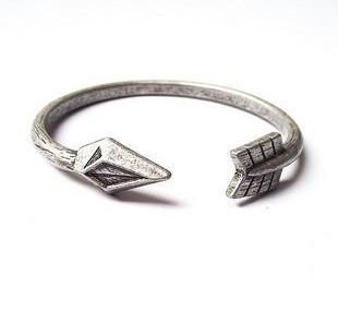 Antique Unisex Cupid Arrow Heart Cuff Bangle Silver