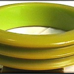 Antique Bakelite Bangle Bracelet Dramatic Chunky Ridged Olive Green