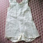 ANTIQUE WHITE ONE PIECE UNDERWEAR/onesy trimme w/LACE for approx. 20″/22″ doll