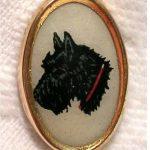 ANTIQUE GENT'S WAISTCOAT HUNT/SPORT BUTTON w/SCOTTISH TERRIER DOG