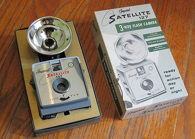 Imperial Satellite 127 3Way Flash Camera With Box