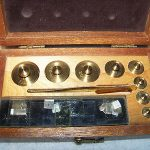 Old Harshaw Scientific Chemical Co Chemist Scale Brass Weights In Box
