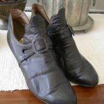Wonderful pair 1920s antique vintage English ladies shoes Derry & Toms