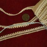 UNIQUE PETITE Antique Vtg SCHIFFLI GUIPURE LACE EDGING TRIM 58″ BAUBLES DOLLS