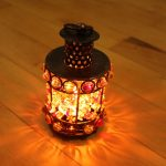 Antique Bronze Handmade Craft Bar Candle Holder with Colorful Beads