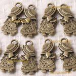 8pcs Vintage OldFashioned Girl Antique Brass Craft Charms Pendant Craft ZA695