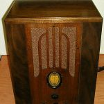 Philco large tombstone cathedral restored antique radio with warranty
