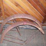 ANTIQUE COLUMBIA BICYCLE BALLOON TIRE FENDERS 1940'S