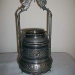 ANTIQUE VICTORIAN ORNATE FOOTED SILVERPLATE PICKLE CASTOR FRAMEREED & BARTON